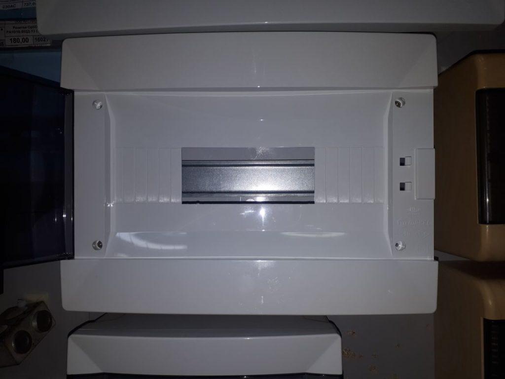 пластиковый щит электрический