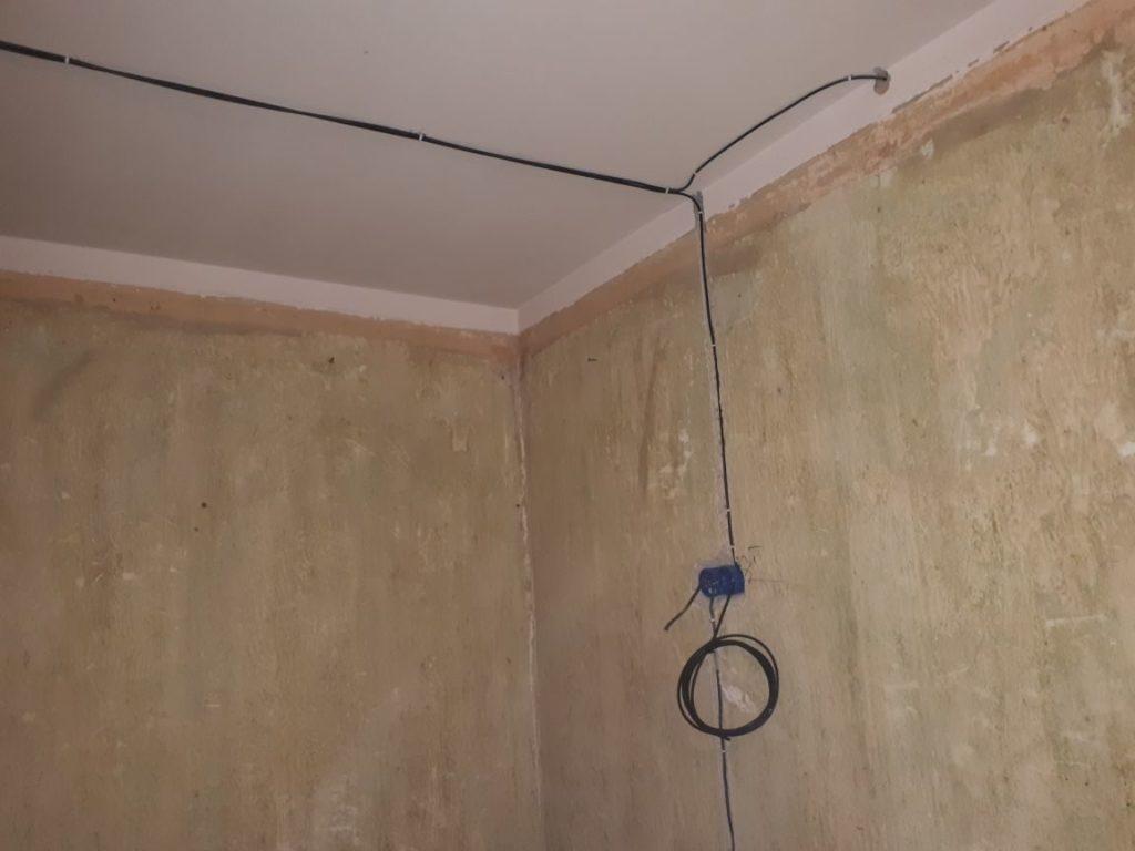 прокладка электрического кабеля