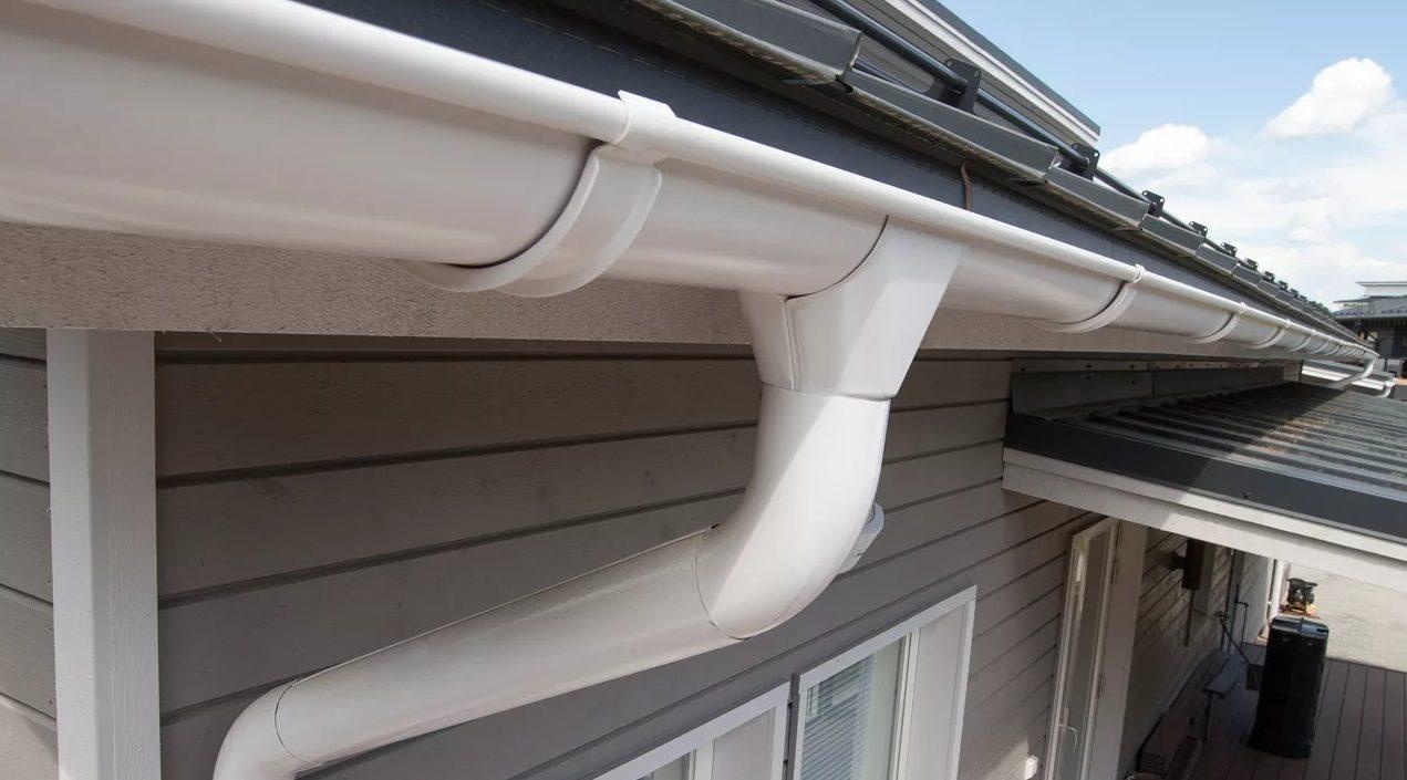 водосток для воды на крыши
