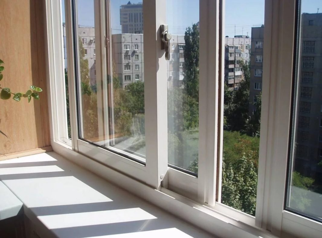 теплое остекление балкона