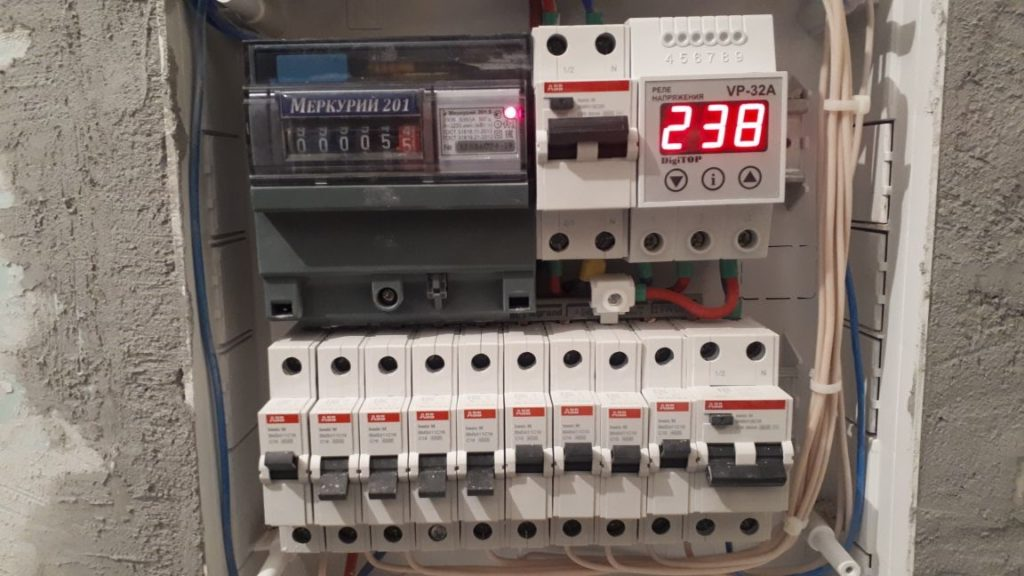 автоматические выключатели в квартирном электрощите