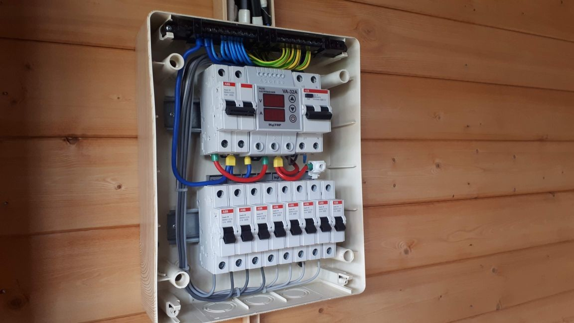 электромонтажные работы на даче