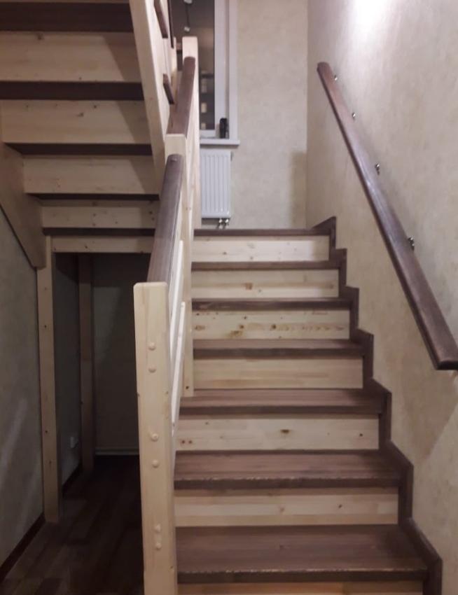 деревянная лестница п образная