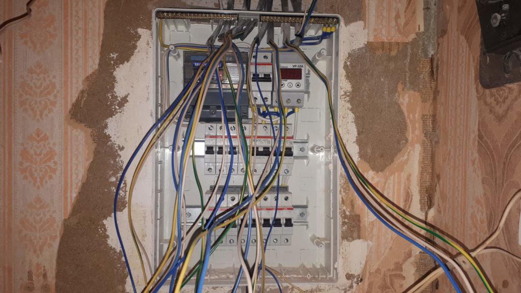 сборка электрощитка в квартире
